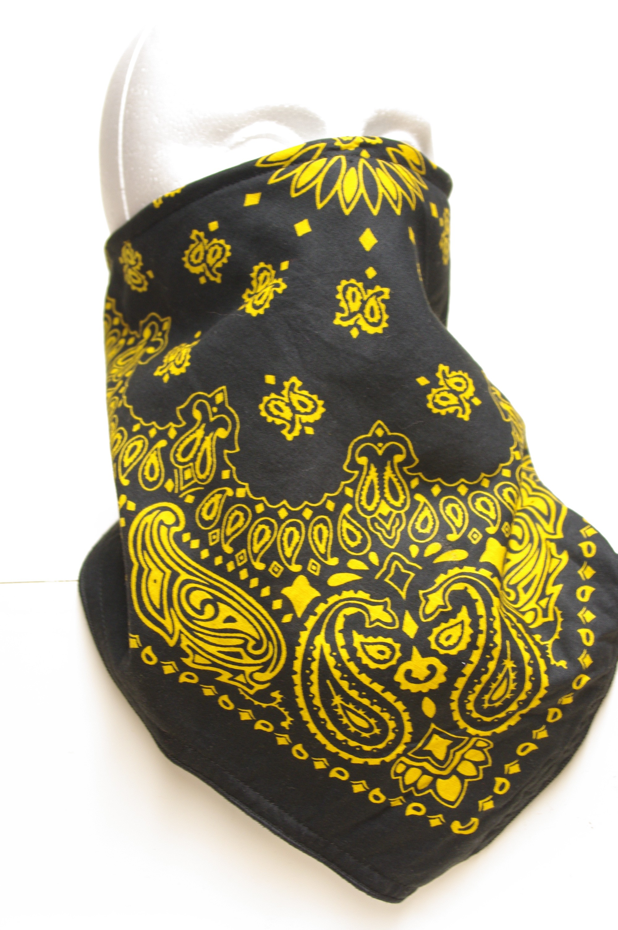 #234 Yellow Paisley on black